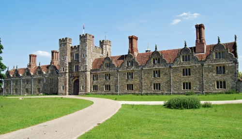 Knole frontage 3 sm