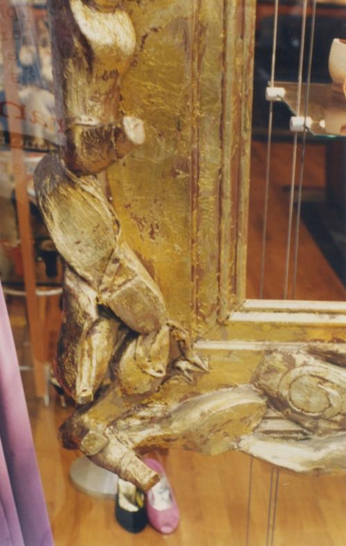 Shoe trophy frame Pied a Terre shop window detail sm