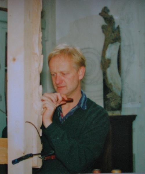 7 Maarten Robert carving