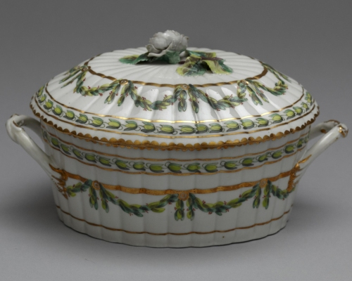Henry Bone Attrib Sauce tureen cover & stand 1770to81 V & A sm