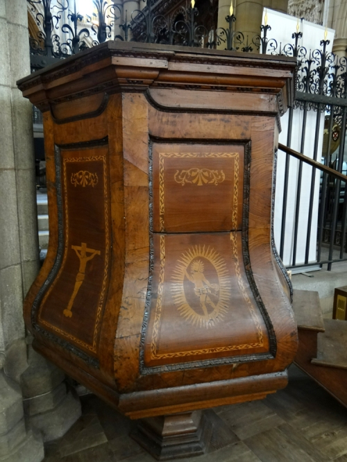 St Mary s Church C18 pulpit sm