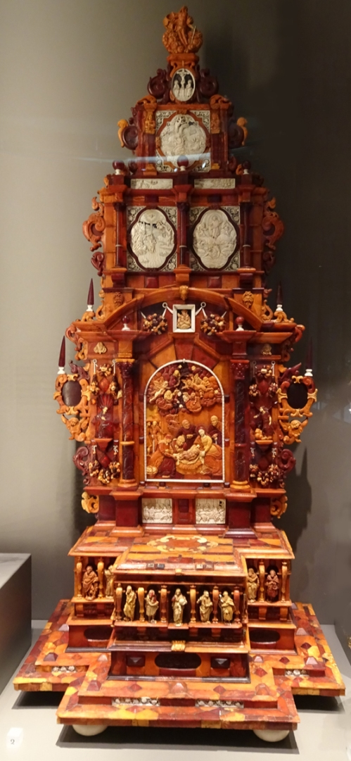 5 Polish altarpiece amber & ivory on wood 1625to50 V & A sm