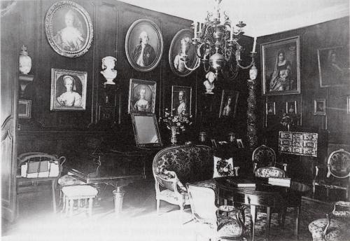 14 Chateau de Leran c1950 Neil