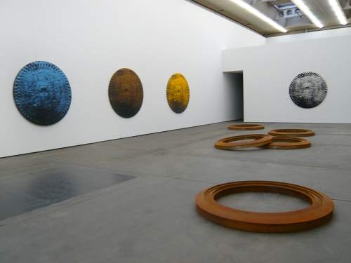 24 Mark-Alexander-Shield-Installation-view-L-Blacker-Gold-2009