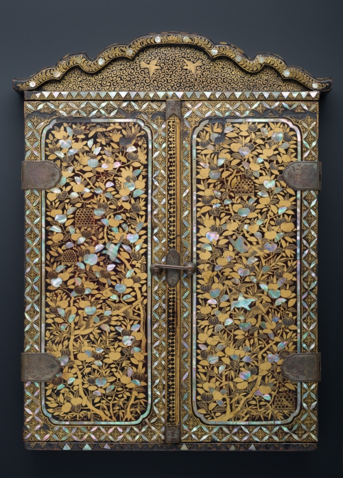 3-school-of-giovanni-niccolo-portable-shrine-c1597-peabody-essex-museum-reverse