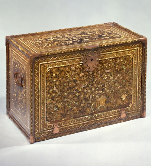 4-nanban-style-cabinet-c1590-met-mus-ny-2-sm