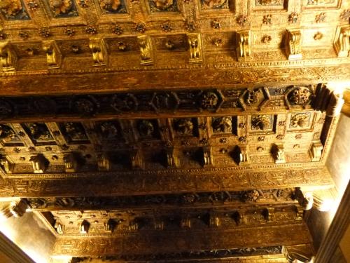 19-ceiling-raphael-stanze-vatican-sm