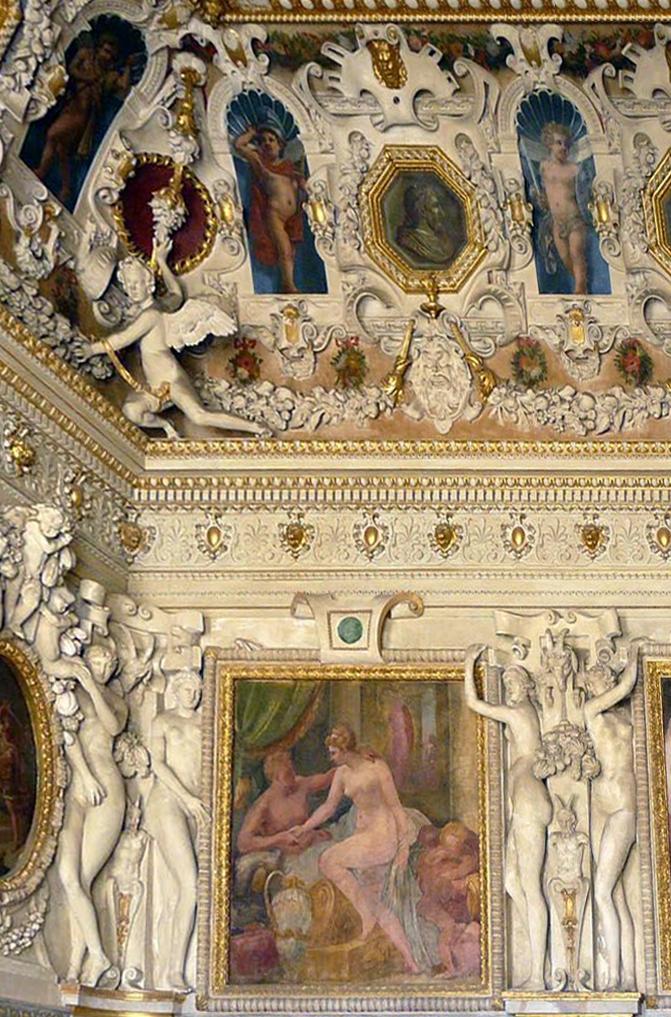 23C Fontainebleau interior